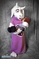 Toriel and Frisk Plush! by xTwistedHeartPlushX