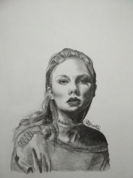 Taylor Swift by sparkle25