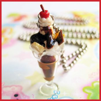 Chocolate Parfait Necklace by cherryboop