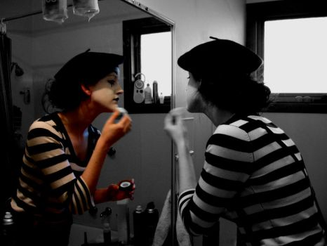 The Mime in The Mirror by SamiJ