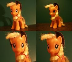 Applejack Restyle by remenescent