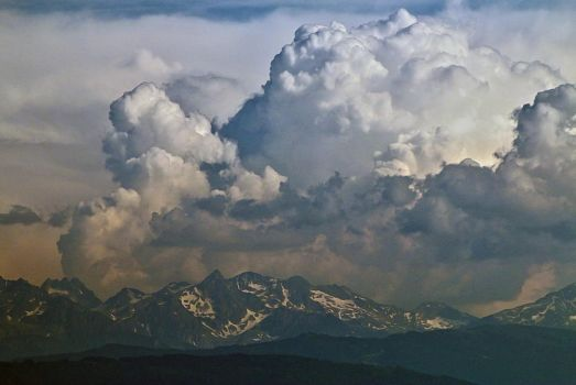 Storm on the Belledonnes by organicvision