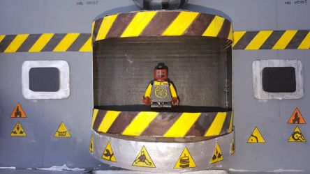 Robot Wars Arena Model (Craig Charles Minifig) by LouTheFatCat