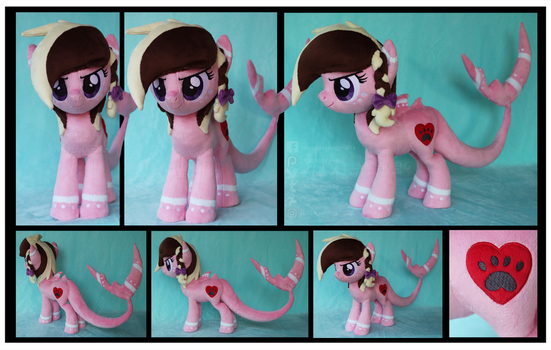 Ashee the Sharkpony Custom Plush by Nazegoreng