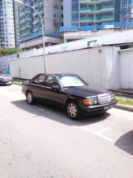 Black Mercedes Benz 190E W201 by Amgnismo