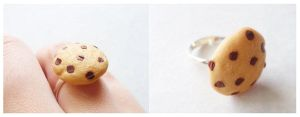 Chocolate Chip Ring by Shiritsu
