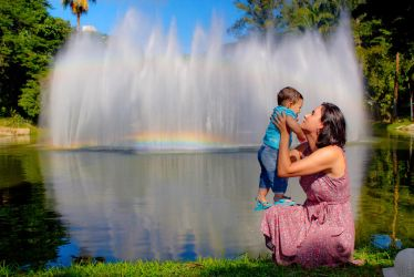 My family and fountain by philipe3d