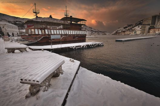 Balaklava in the snow by Trashins