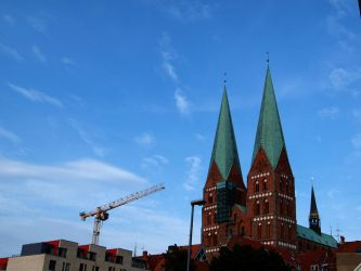St Marien and The Crane by frando