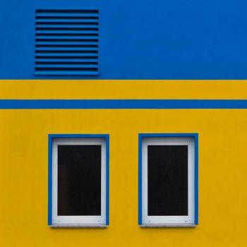 Yellow And Blue 1 by pillendrehr