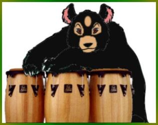 Bear with drums by Raeklore