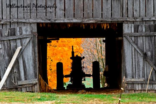 Classic Kentucky Fall by waypasthadenough