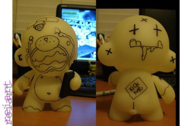 crying two faced munny by reifunky