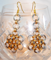 Daisy Chain - Chainmaille Earrings by Entorien