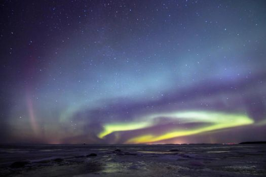 Sea, stars and northern lights by Jansu95