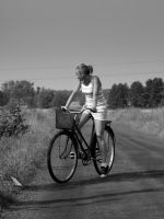 I want to ride my bicycle... by gold-paroles
