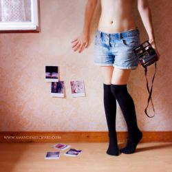 Polaroid  - In my room by AmandineRopars