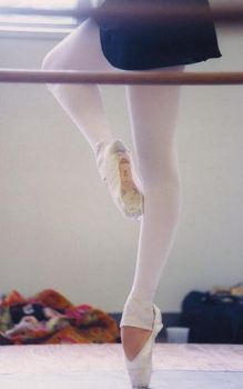 Pointe by Irinagirl