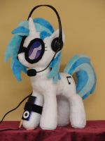 Vinyl Scratch, Where is the party? by WhiteDove-Creations