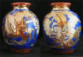 Gold Dragon Vase by nativeart