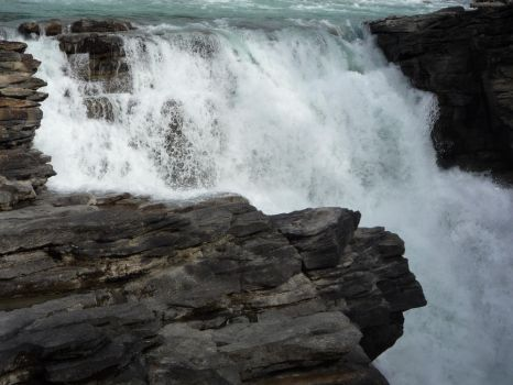 Waterfall 26 by raindroppe