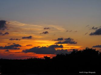 Sunset in Belize by tl3319