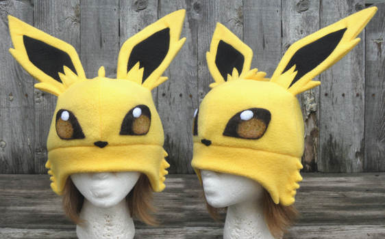 Jolteon Hat by clearkid