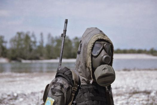 Masked (S.T.A.L.K.E.R. cosplay) by DrJorus