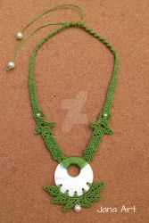 Macrame mother of pearl Necklace by Mawee79