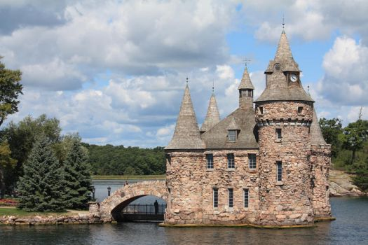 [C008] Boldt Castle Power House by MANGO-stock