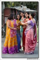 dancing on the street in India by gosiekd
