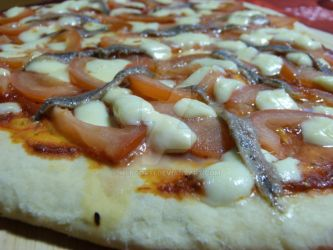 Pizza tomate anchois by Mergorti