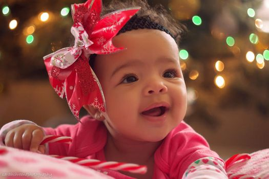 Baby Destiny Christmas Photo by dwightyoakamfan
