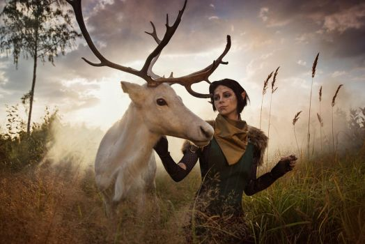 Merrill with Reindeer 1 - Dragon Age II cosplay by LuckyStrikeCosplay