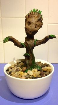 Baby Groot by HumingBean