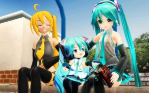 MMD and so Miku becomes Mama ... by Trackdancer