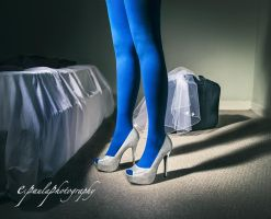 Blue tights by Amarie-Tinuviel