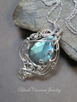 Faceted Teardrop Labradorite with sterling silver by blackcurrantjewelry