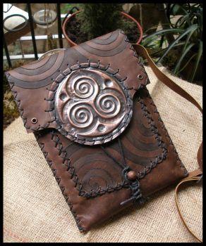 Spiral Handbag by morgenland