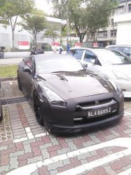 Another Custom Black Nissan GTR R35 by Amgnismo