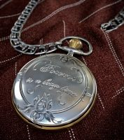 Pocket watch closed FINAL by zipper