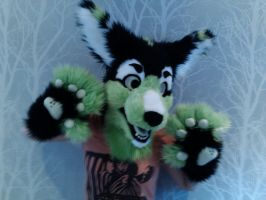Ray fursuit head 'n paws by Osanakaan