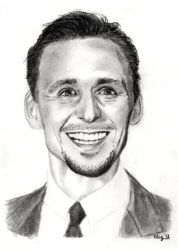Tom Hiddleston by elizile