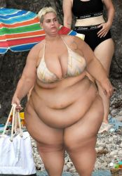 SuperFat Katy Perry by cahabent