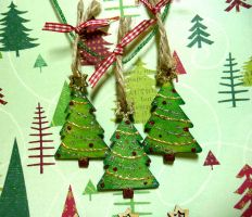 Festive Trees by Ideas-in-the-sky