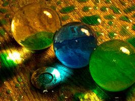 Colored orbs with drops by Mackingster