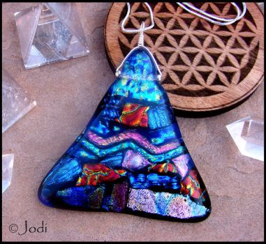 Khufu Pyramid - Fused Glass Pendant by andromeda