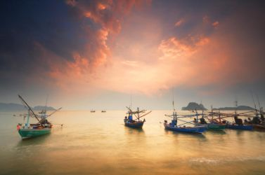 Prachuap Khiri Khan - Boats 2 by comsic