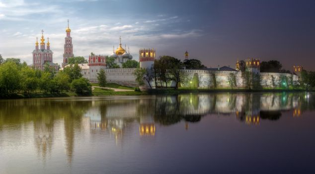 Day to night - Novodevichy Convent by ChaoticMind75