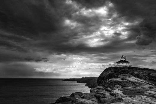Drama at the Rock by nigel3